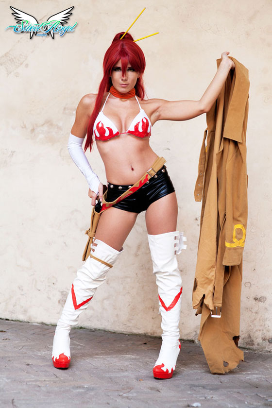 Yoko Littner cosplay with coat