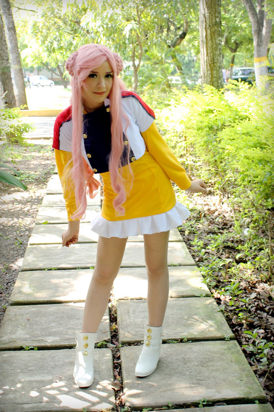 cosplay of Euphemia li Britannia from Code Geass wearing a yellow dress